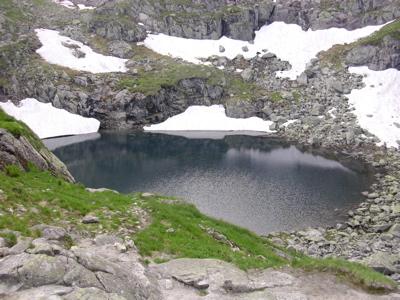 gasineciai-fagyott-tó